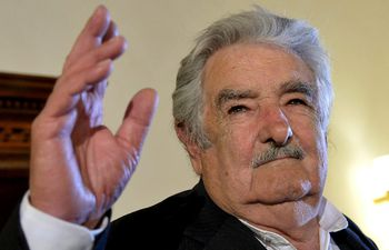 (FILES) In this file photo taken on May 28, 2015 Former Uruguayan president Jose 'Pepe' Mujica attends the presentation of his first book 'La felicità al potere' in Rome. - Uruguay's leftist ex-president Jose Mujica, 85, will undergo surgery for a fish bone lodged in his gullet, staff at the hospital where he was admitted told AFP. (Photo by Tiziana FABI / AFP)
