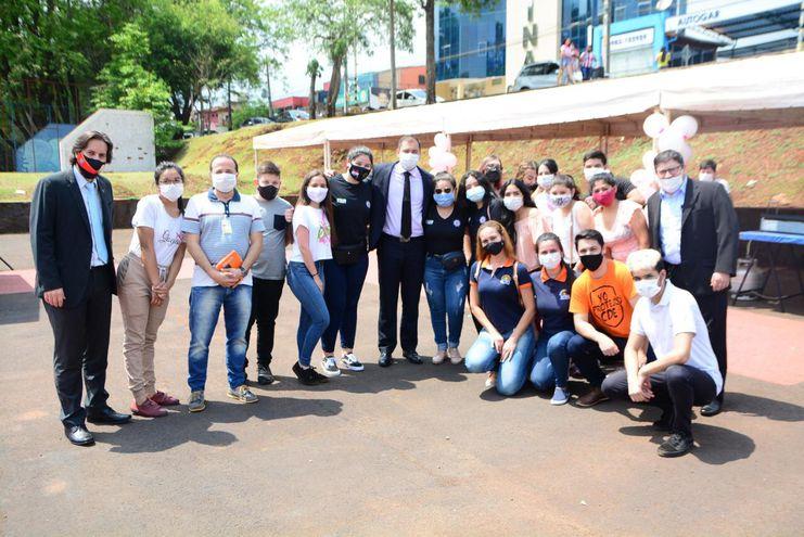 El intendente Miguel Prieto visitó a los emprendedores.