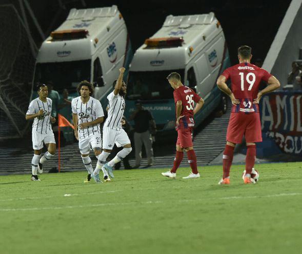 Cerro volvió a caer ante Libertad en la Olla.
