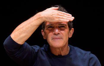 """Antonio Banderas levantará el telón de su espectáculo musical """"A Chorus Line"""", este viernes, 15 de noviembre, en lo que supondrá la inauguración de este teatro, el espacio escénico que ha creado."""