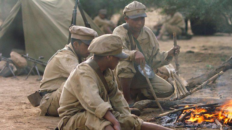La Guerra del Chaco, que enfrentó a Paraguay y Bolivia de 1932 a 1935, es el escenario en el que se desarrolla la trama de la película.