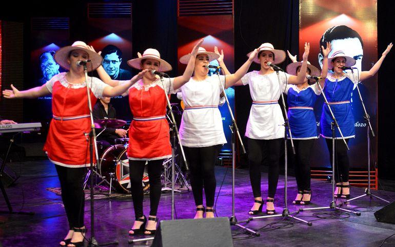 """Las Paraguayas buscan nuevamente """"cercanía"""", por lo cual estarán conectadas a través de un show virtual."""