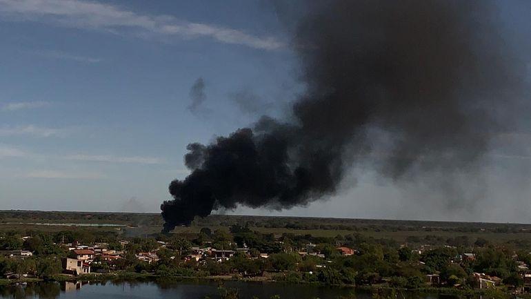 Denuncian quemazón diaria en barrio Jukyty, Asunción.