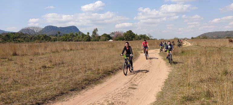 El paseo en bicicleta iniciará en la estación de tren de Pirayú hasta llegar a la exterminal ferroviaria de Paraguarí.
