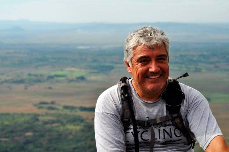 Nelson Fernández, ciclista y mecánico de bicicletas sumamente querido por los ciclistas a nivel nacional. Murió el 15 de mayo a consecuencia de complicaciones post COVID-19.