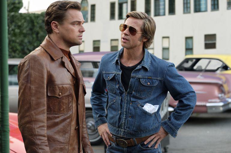 """Leonardo DiCaprio y Brad Pitt en """"Había una vez en Hollywood""""."""