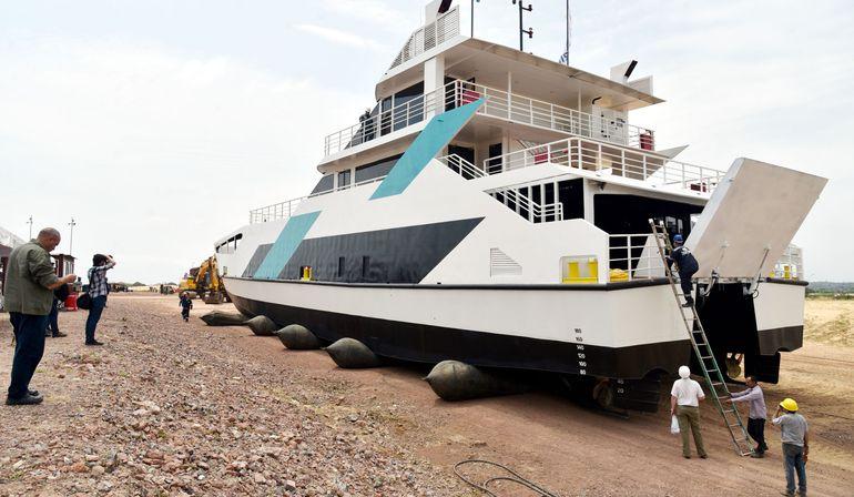 """Vista del """"Ferry del Chaco"""". La inversión es  US$ 4,5 millones. El  sector privado lo presenta como  medio de transporte rápido."""