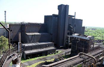 La abandonada y obsoleta planta de Acepar.