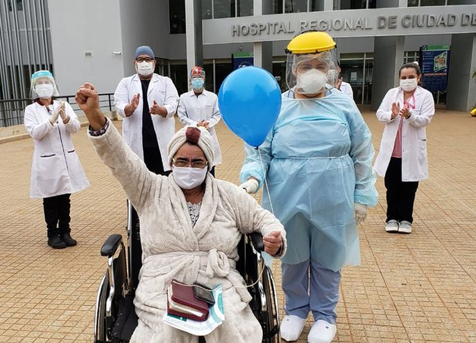 Ayer salió de alta  primera paciente recuperada con este método.
