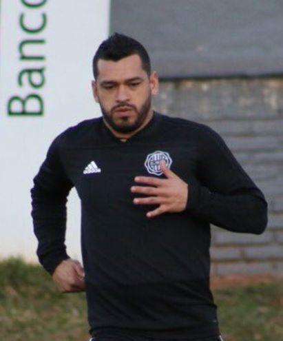 Miguel Samudio sería el lateral izquierdo titular en Olimpia.