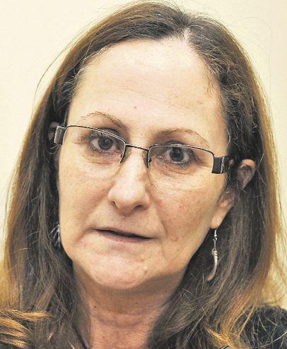 Marta Ferrara, directora de la organización civil Semillas para la Democracia. Se evaluará  al Congreso paraguayo.