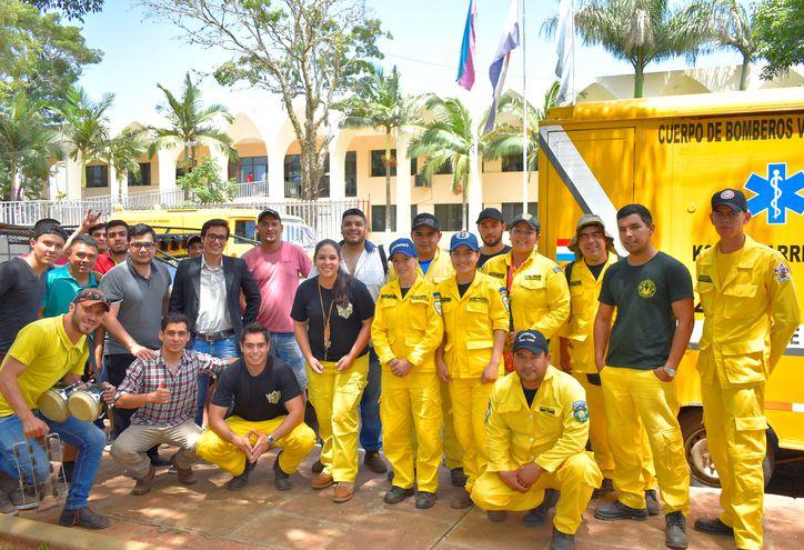 Los bomberos voluntarios de Villarrica.