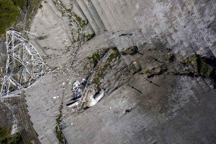 Esta vista aérea muestra el observatorio de Arecibo.