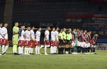 En Barrio Obrero juegan Cerro Porteño y Nacional.