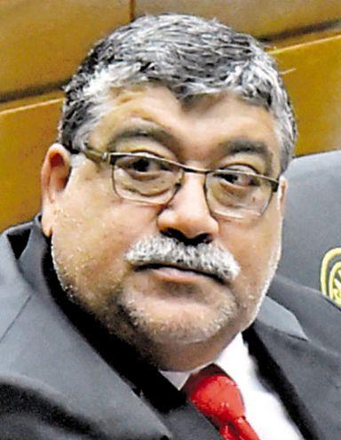 Carlos Palacios (ANR, Cartista). Cuestionado intendente de Limpio. Arrastra numerosas denuncias en la Junta.