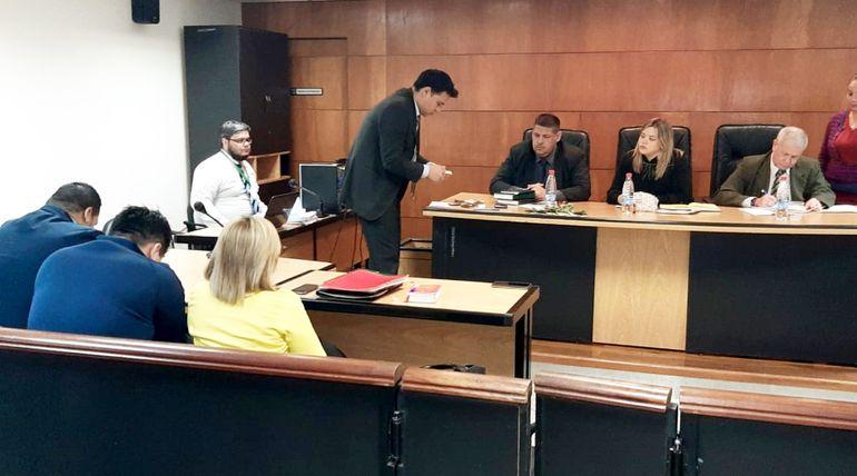 Por disposición del tribunal, el dinero incautado en poder de Armando Javier Rotela quedó depositado en la bóveda de la Corte Suprema de Justicia.