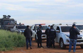 Un procedimiento policial en Tavapy donde los agentes fueron emboscados por los invasores.