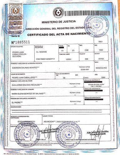 El certificado de nacimiento original que fue enviado a la Policía Civil.