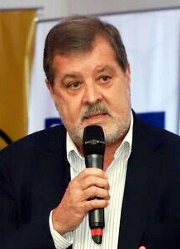 Alberto Acosta Garbarino, Desarrollo en Democracia.