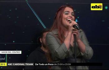 """Tekove: Melodías y elegancia en """"El cristal"""""""