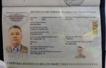 Cónsul Carlos Narciso Balbuena.