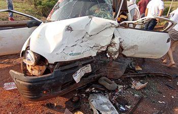 Estado en el que quedó uno de los automóviles involucrados en el accidente.