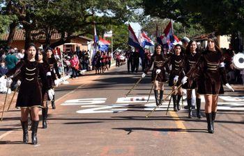 alumnos-de-las-diversas-instituciones-educativas-participaron-del-desfile-en-homenaje-a-la-comunidad-sampedrana--194304000000-1842522.jpg