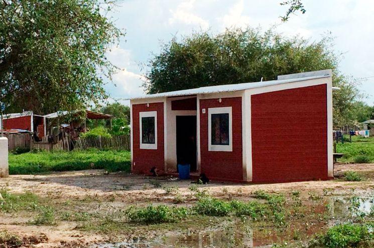 Una de las viviendas construidas  por el MUVH a las familias     de los Ishir de Puerto Diana.