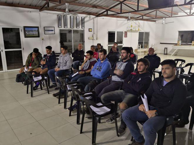 Jugadores argentino-paraguayos se reunieron con Raúl Pérez en Resistencia, Sixty