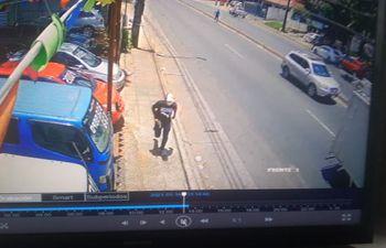 Violento asalto en Ñemby.