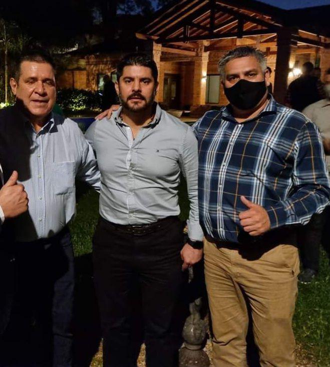 Horacio Cartes (i), Óscar Rodríguez (c) y César Ojeda (d).