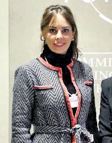 Silvana López Moreira de Abdo, Primera Dama de la Nación, aparece como directora de una empresa offshore en Miami.
