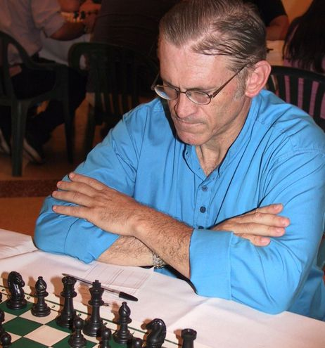 MF Luis Patriarca (foto de archivo) quien recibirá un homenaje póstumo con un torneo.