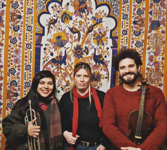 Mar Pérez, Margie Nielsen y Ale Leju.