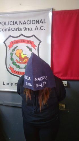 Joven, prima de dos víctimas de violencia familiar se presentó en sede policial.
