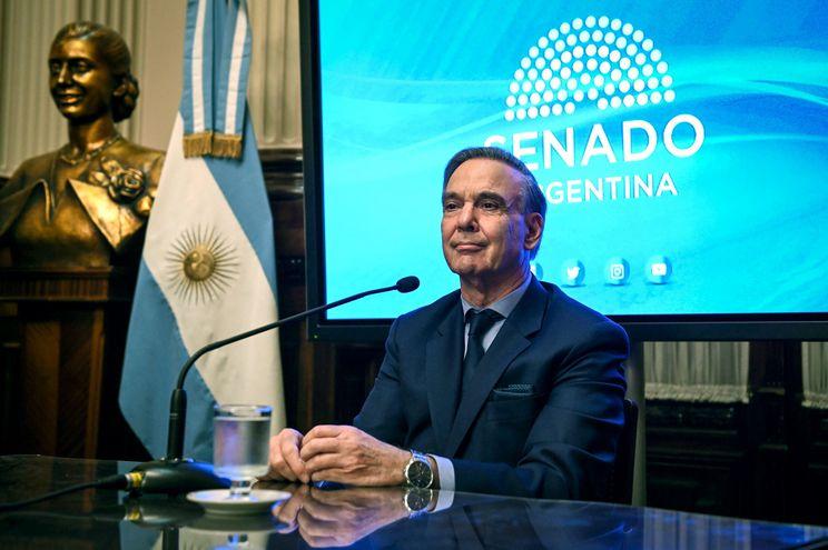 """El senador peronista y candidato a vicepresidente de la República por """"Cambiemos"""",  Miguel Angel Pichetto."""