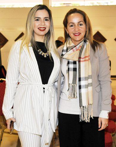 Adriana Paredes y Cinthya Morales.