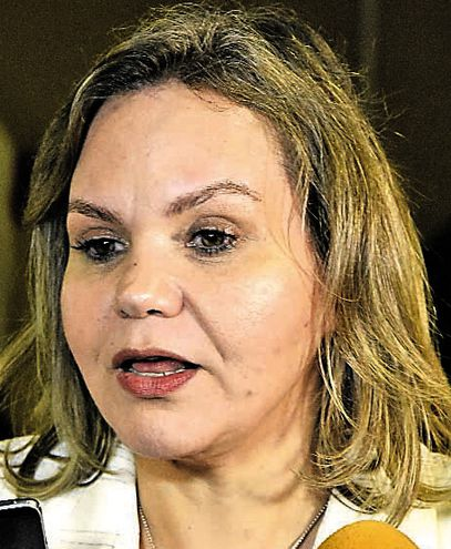 En solo tres días la senadora Lilian Samaniego (ANR) cambió de opinión sobre la extensión del mandato.