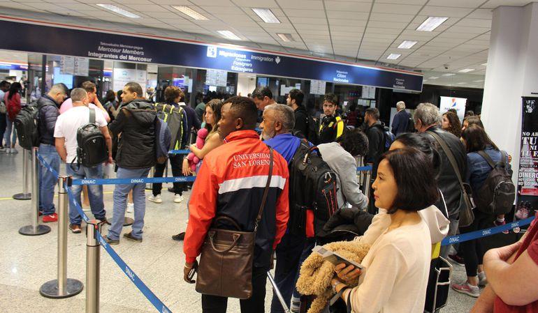 Los controles se realizan en el aeropuerto Silvio Pettirossi (foto ilustrativa).