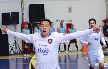 Cerro Porteño venció 4-2 a Carlos Barbosa de Brasil.