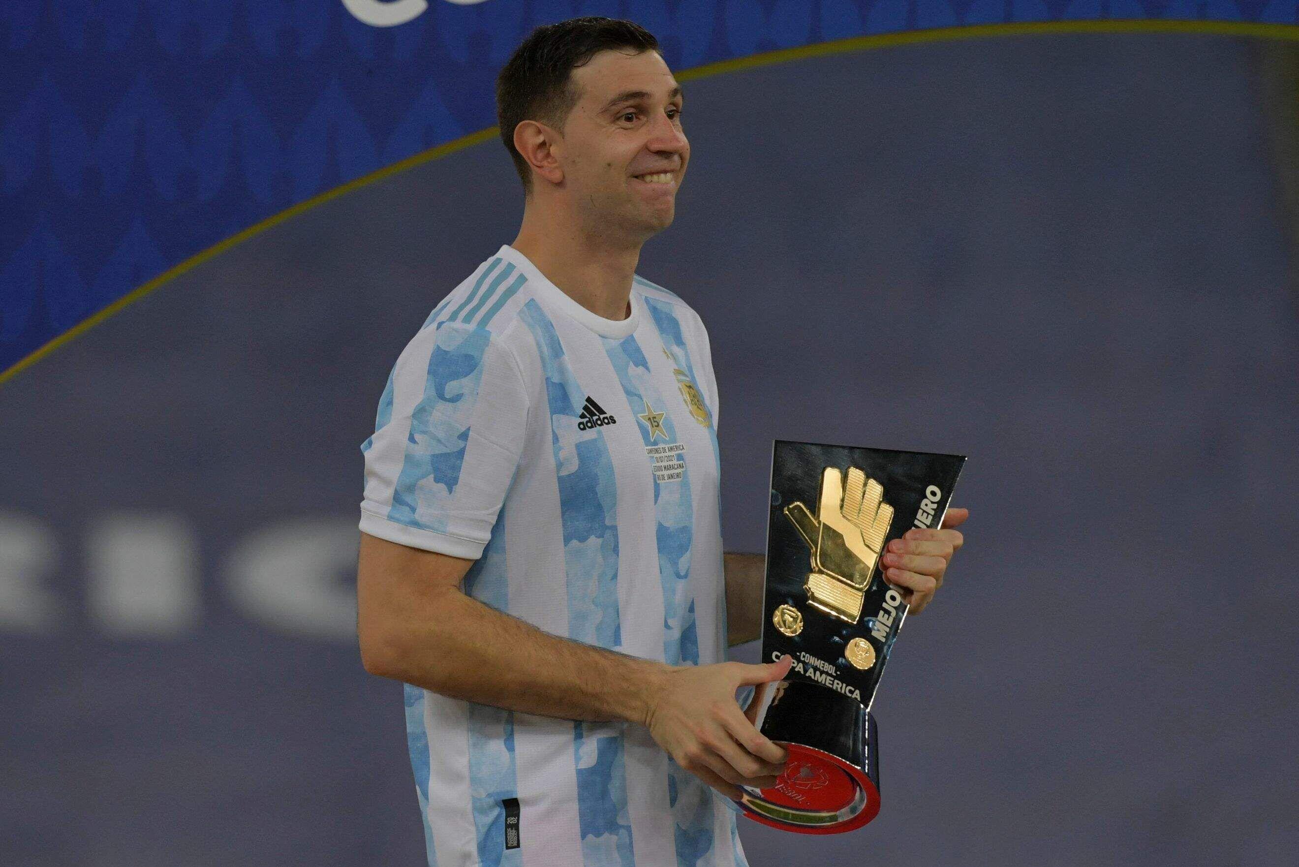 Emiliano Martínez (Argentina) ganó el Guante de Oro, el premio al mejor arquero.