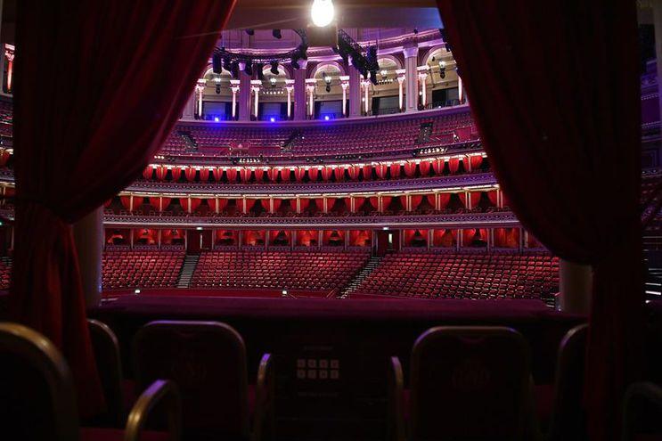 Vista del interior del Royal Albert Hall, que cuenta con una capacidad para 6.000 espectadores.