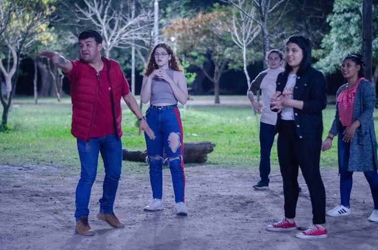 Los integrantes de la Escuelita de Arte Jakaira fueron invitados para participar del tercer encuentro de Teatro Joven en la localidad de Resistencia.