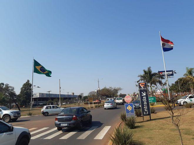 La policía paraguaya y la brasileña realizan controles en conjunto.