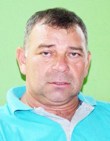 El intendente de Mayor Otaño Pedro Chávez (ANR, cartista), querellado por un grupo de concejales.
