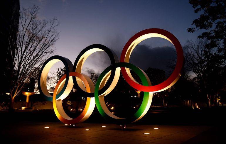 Los anillos olímpicos instalados en el Estadio Nacional, la principal sede de Tokio 2020.