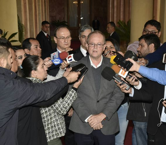 Fabián Cáceres en el Palacio de Gobierno.