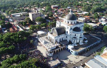 La Basílica de la Virgen de los Milagros de Caacupé se renovó para recibir a los millones de  devotos este año.