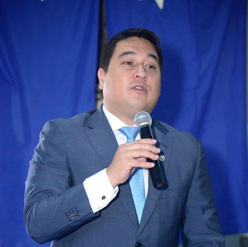 Eduardo Nakayama, candidato del PLRA a intendente de Asunción.
