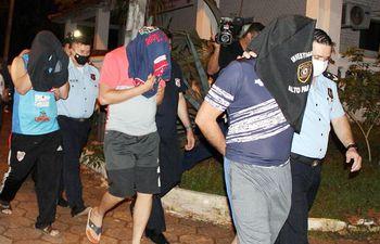 Los cuatro suboficiales procesados por el secuestro de la pareja brasileña.